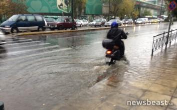 Πλημμύρισαν οι δρόμοι της Αθήνας