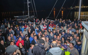 Ένταση και μικροεπεισόδια στο λιμάνι του Βόλου