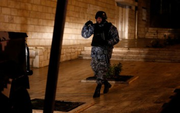 Κατασχέθηκαν όπλα και εκρηκτικά σε σπίτι στην Ιορδανία που ετοίμασαν τηνεπίθεση στο Καράκ
