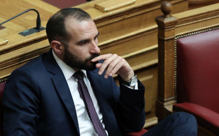 Τζανακόπουλος: Η κυβέρνηση δεν θα επιτρέψει καμιά αμφισβήτηση των ελληνικών συνόρων