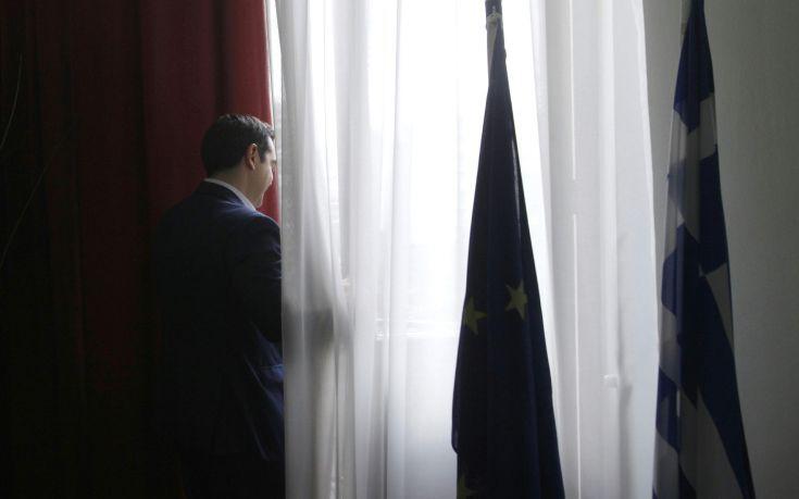 Πρόταση για αφορολόγητο 7.200 ευρώ ετοιμάζει η κυβέρνηση