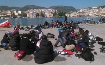 Υπεράριθμοι πρόσφυγες και μετανάστες στα νησιά και στην ηπειρωτική χώρα