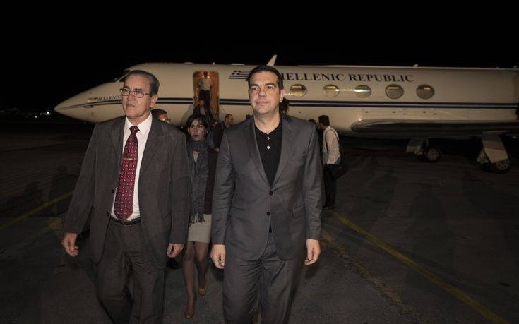 Επιμένει ο Παπαχρήστος: Γιατί το ταξίδι του Τσίπρα στην Κούβα δεν κοστίζει 22.900 ευρώ