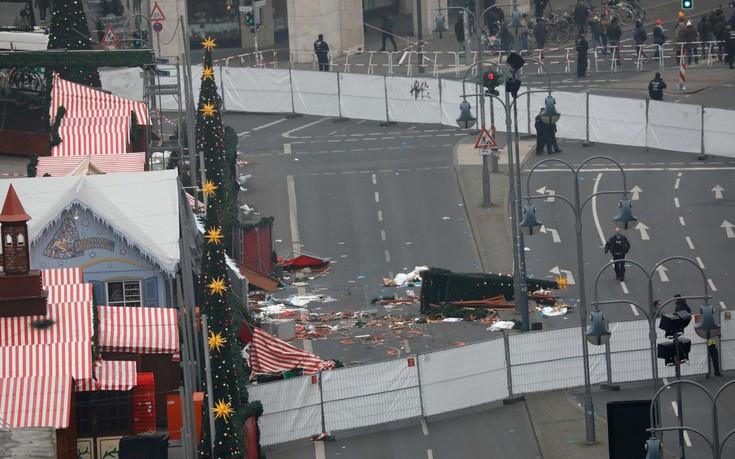 Μυστήριο και εκνευρισμός για τον ασύλληπτο μακελάρη με το φορτηγό στο Βερολίνο