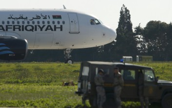 Υποστηρικτής του Καντάφι δήλωσε αεροπειρατής του αεροσκάφους στη Μάλτα