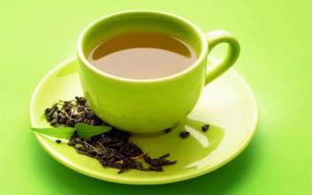 Με ποιες τροφές δεν πρέπει να συνδυάζετε το τσάι