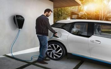 Νέα υπηρεσία της BMW βάζει τη… φόρτιση στη καθημερινή ζωή των πελατών