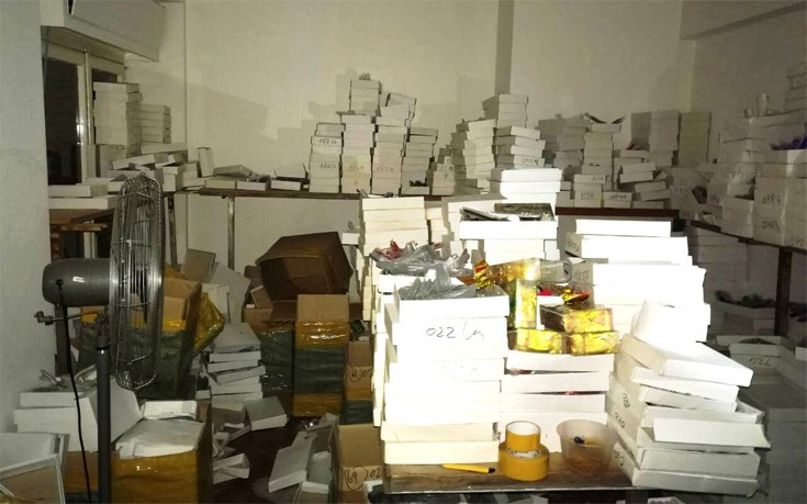 Αποθήκη με 117.000 προϊόντα «μαϊμού» βρέθηκε στην Ομόνοια