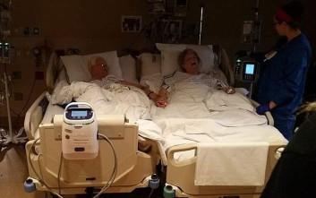 Έζησαν μαζί 64 χρόνια, «έσβησαν» κρατώντας ο ένας το χέρι του άλλου