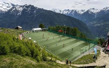 Γήπεδα χτισμένα για… γερούς παίκτες