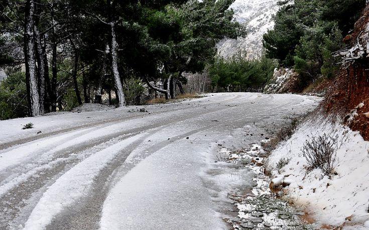 Σε επιφυλακή ο κρατικός μηχανισμός για τον επερχόμενο χιονιά