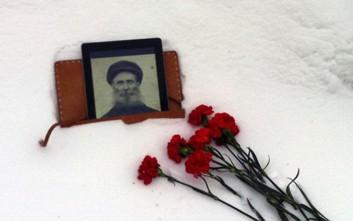 Ο Ρώσος που έψαξε και ξετρύπωσε τους σοβιετικούς δολοφόνους του προπάππου του
