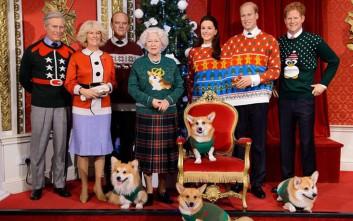 d738f46ce60c Η βασιλική οικογένεια της Βρετανίας με αστεία χριστουγεννιάτικα πουλόβερ
