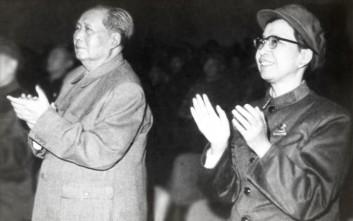 Η μοχθηρή χήρα του Μάο Τσετούνγκ που κυβέρνησε σκιωδώς στο εύθραυστο πλευρό του