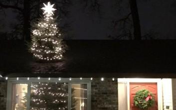 Η ευφάνταστη ιδέα για το τεράστιο χριστουγεννιάτικο δέντρο