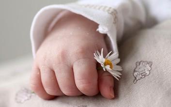 Άδεια μητρότητας και επιστροφή στη δουλειά «στρεσάρουν» τις νέες μητέρες