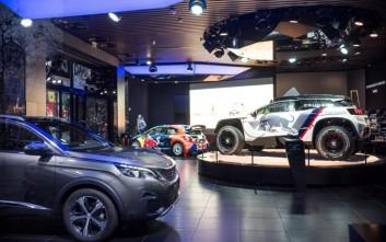 Διάσημη έκθεση της Peugeot ντύνεται στο πνεύμα του Ντακάρ