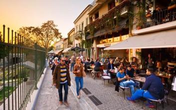 Στον αέρα οι κλήσεις σε 103 πεζόδρομους του δήμου Αθηναίων