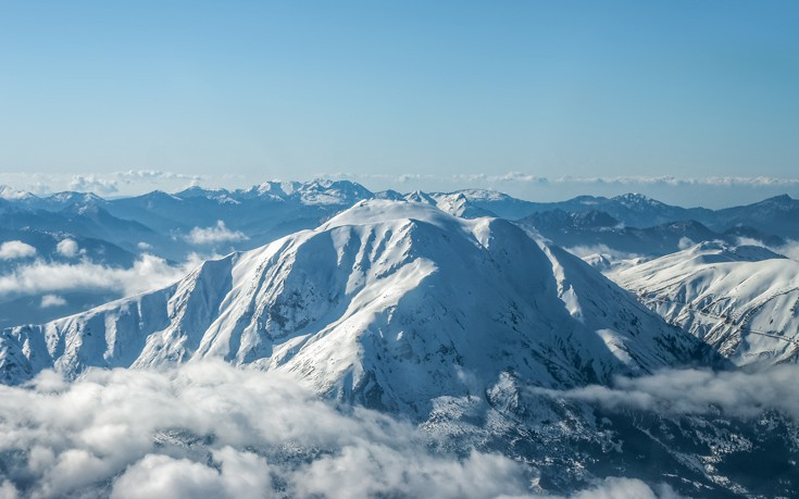 Το βουνό που στα σπλάχνα του γεννιούνται δύο ποταμοί