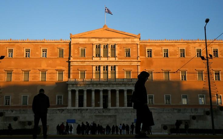 Σύγκρουση στη Βουλή για το τέμενος στην Αθήνα