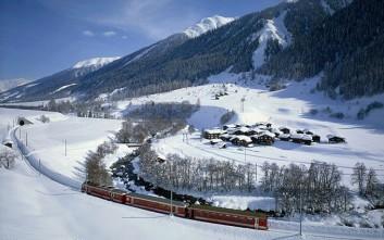 Ταξίδι με τρένο μέσα στις Άλπεις