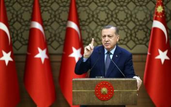 Απειλεί και… βρυχάται ο Ερντογάν