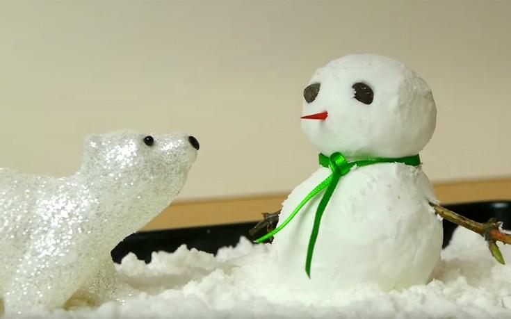 Πώς να φτιάξετε εύκολα διακοσμητικό χιόνι