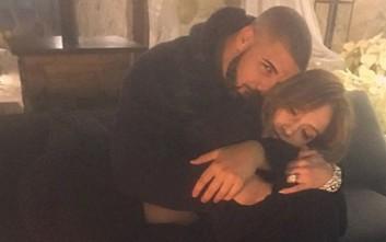 Ο πρώην της Rihanna στην αγκαλιά της Jennifer Lopez