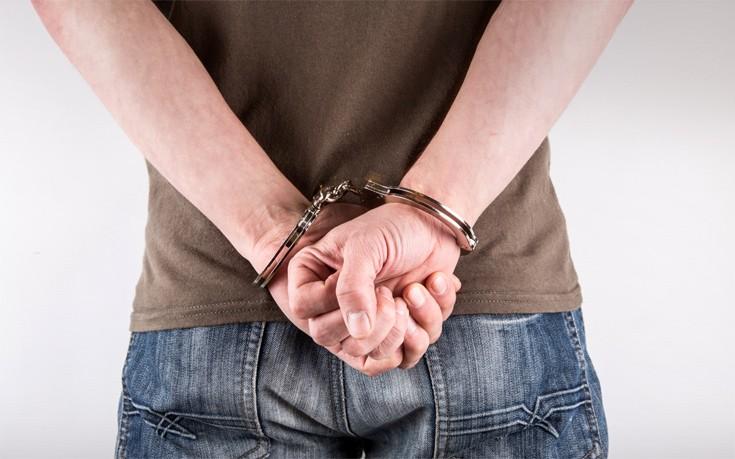 Συλλήψεις για κατοχή και διακίνηση ναρκωτικών στο Ηράκλειο