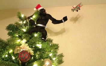 Βαρεθήκατε το συνηθισμένο αστέρι στο χριστουγεννιάτικο δέντρο σας;