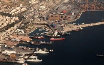 Εντολή για γρήγορη απομάκρυνση παρατημένων πλοίων από Πειραιά και Ελευσίνα