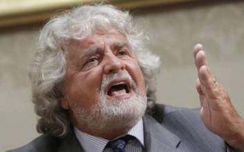 Ευρωβουλευτές των Πέντε Αστέρων εγκαταλείπουν τον Γκρίλο