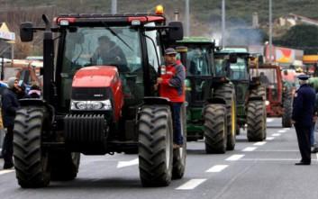 Πετρόπουλος: Χαμηλότερες εισφορές θα πληρώσουν 400.000 αγρότες