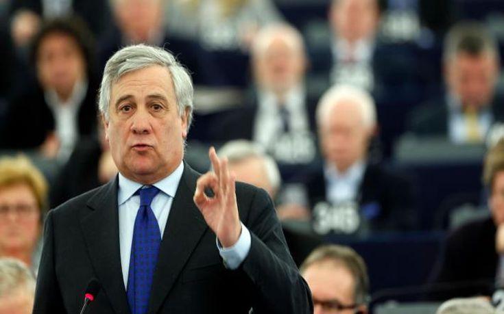 Αντόνιο Ταγιάνι: H έξοδος της Eλλάδας από την ευρωζώνη θα προκαλούσε μεγάλη ζημιά