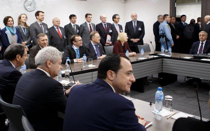 Τι γράφει σήμερα ο κυπριακός Τύπος για τις εξελίξεις στο Κυπριακό