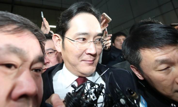 Προφυλακίσθηκε ο επικεφαλής της Samsung