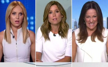 Το ίδιο χρώμα φορέματος έφερε... ένταση στο δελτίο ειδήσεων