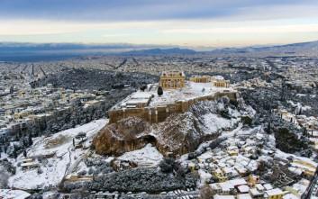 Η χιονισμένη Ακρόπολη ταξίδεψε σε ολόκληρο τον κόσμο