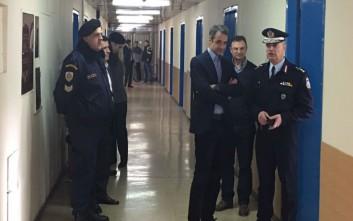 Ο Μητσοτάκης στη Διεύθυνση Αστυνομικών Επιχειρήσεων
