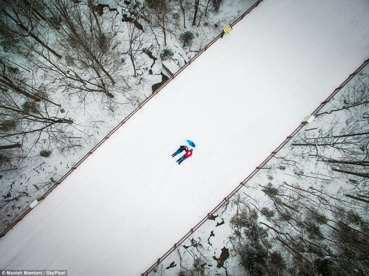 Η εναέρια… selfie του φωτογράφου Manish Mamtani στο New Hampshire