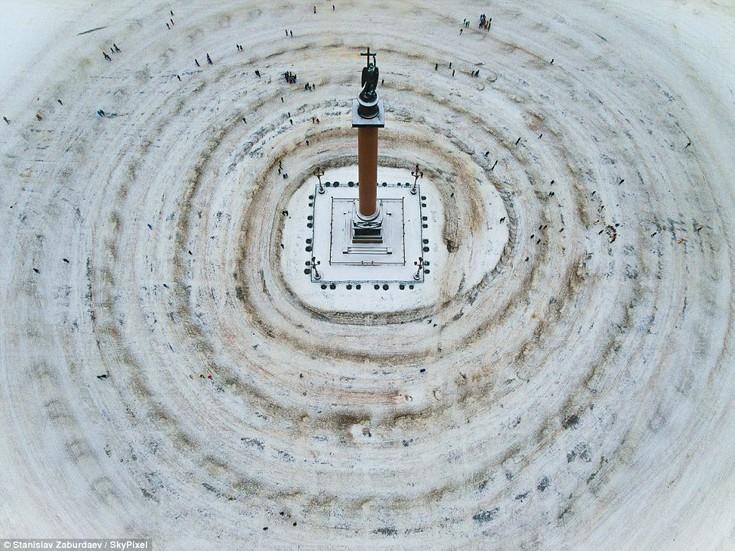 Η χιονισμένη Αγία Πετρούπολη