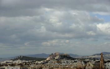 Καιρός: Θεοφάνεια με συννεφιά και τοπικές βροχές στα δυτικά