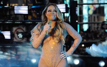 Το φιάσκο της Μαράια Κάρεϊ στο πρωτοχρονιάτικο πάρτι στην Times Square