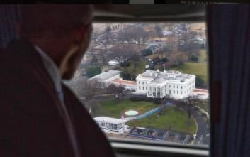 Οι φωτογραφίες που αποτυπώνουν το «αντίο» Ομπάμα