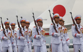 Η Ιαπωνία φτιάχνει «άξονα» κατά της Κίνας