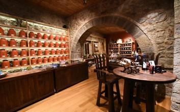 Νέος χώρος που σερβίρει ροφήματα για το  «Ό,....tea...πίνεις»  στην Αράχωβα