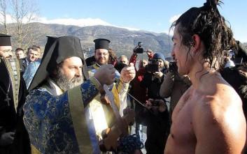 Ο Ματίας από τη Χιλή έπιασε τον σταυρό στα Ιωάννινα