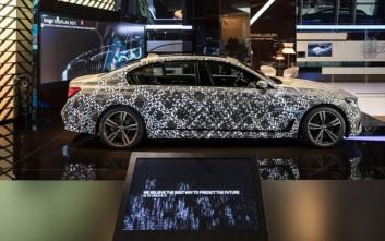 Η BMW ζωντανεύει τη διαδικασία εξέλιξης στη νέα Σειρά 7 Sedan