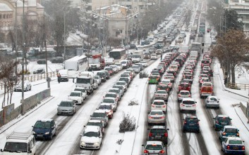 Δεκάδες οδηγοί εγκλωβισμένοι μετά τη γέφυρα της Βούλγαρη στη Θεσσαλονίκη
