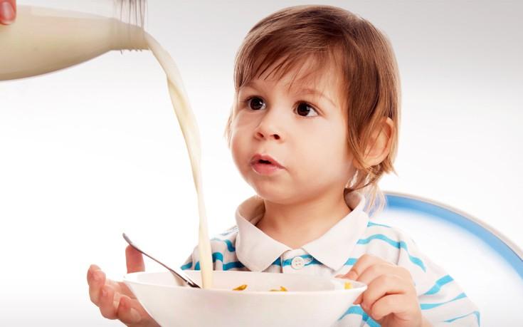 Τι να κάνετε αν το παιδί σας δεν πίνει γάλα